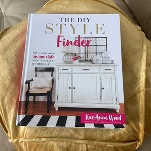 The DIY Style Finder: book KariAnne Wood unique style and decorate it yourself